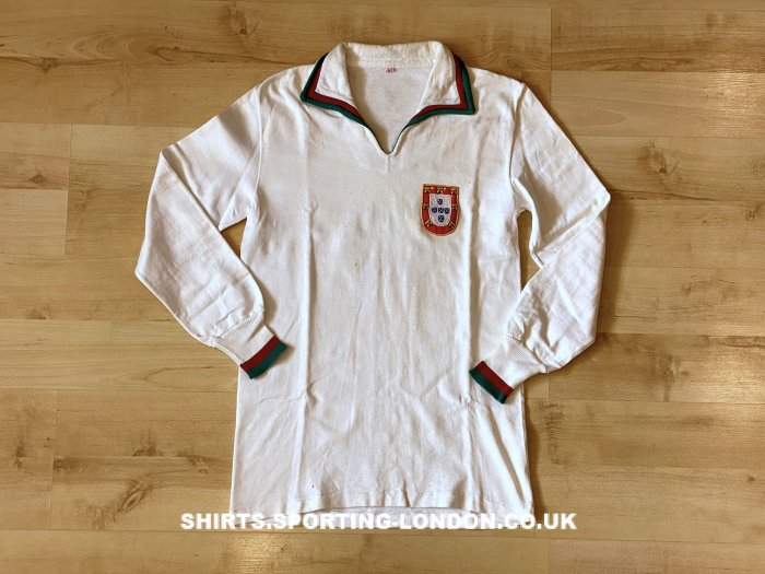 1962 - 1963 Portugal National Team Front